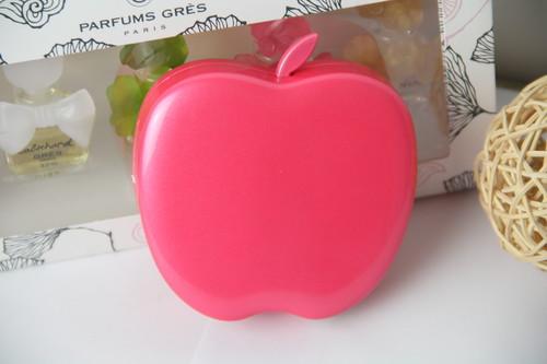 """好大一个红""""苹果"""" apoo6400移动电源图赏"""
