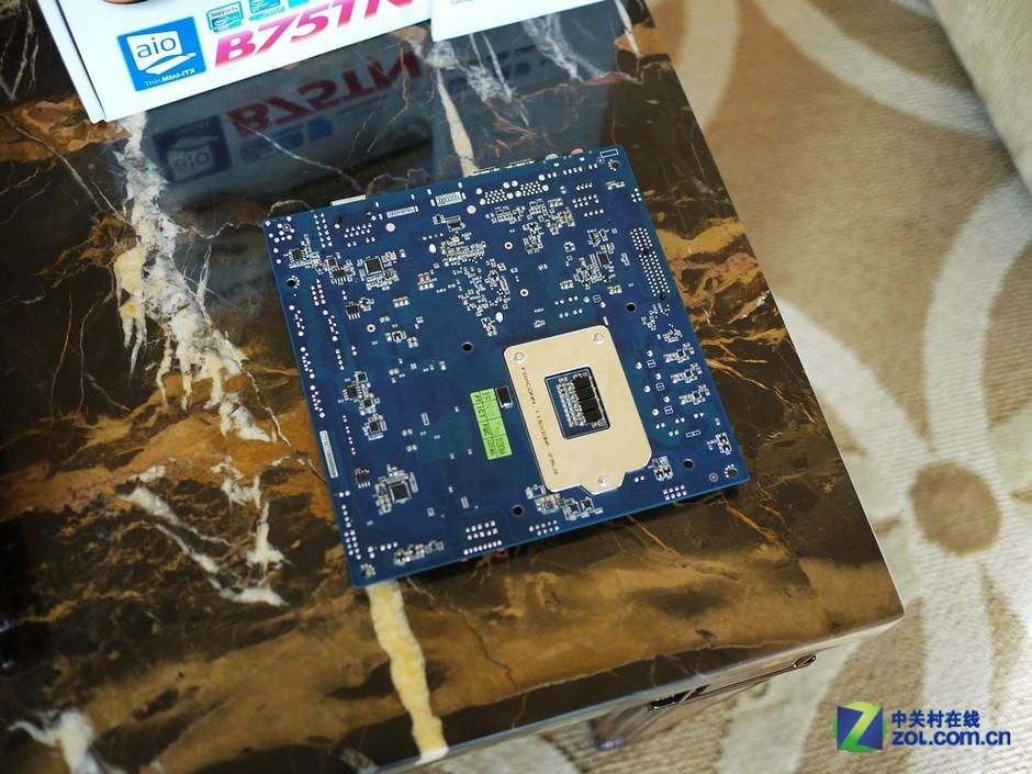 继续 技嘉 微型 亮相 主板 diy ces2013/DIY继续微型化? 技嘉主板亮相CES2013