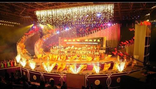 基础知识:舞台灯光虚拟效果设计与实现_led舞台照明