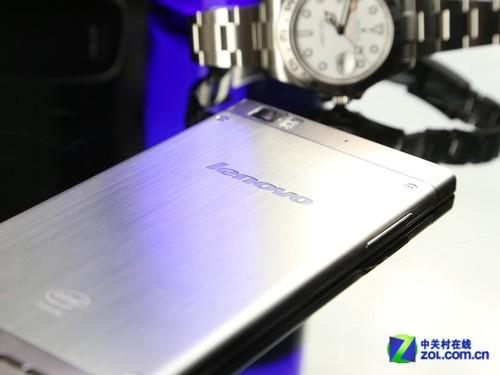 首款Intel雙核挑釁四核 聯想K900評測