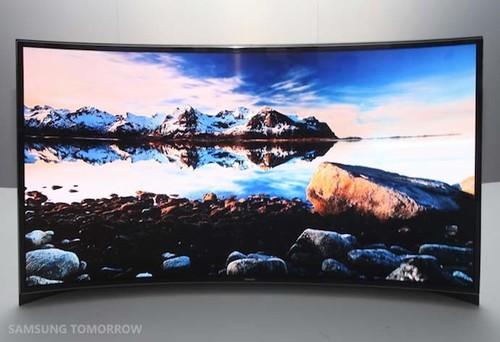 视角一流颜色靓丽 三星发柔性OLED电视