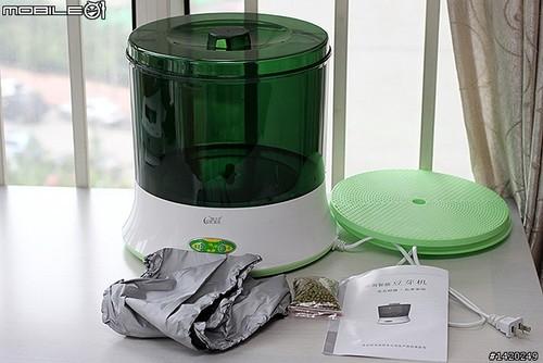 豆芽机的结构则分为供水箱