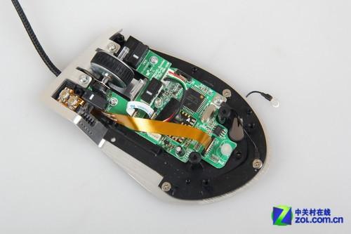 5游戏鼠标核心电路展示-顶级奢华做工 海盗船M95游戏鼠标拆图片