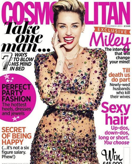Miley Cyrus如今可以算的是不疯魔不成活,性感已经成为她的唯一行为准则,如果今年不进入这个榜单,真心对不起这姑娘的无底线挑战,但最终以肉色珠宝Mini连衣裙登上英国版Cosmopolitan封面得偿夙愿。