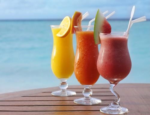 过度饮用功能饮料不利于青少年身体健康