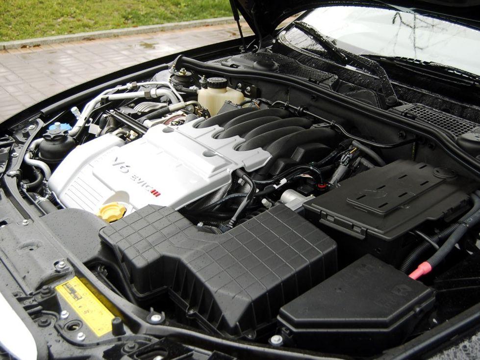 【汽车图】上汽高清上汽荣威7502.5l豪雅位置94-长a汽车动DT保险丝合在什么版图图片