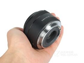 佳能EF 50mm f/1.8 STM手持