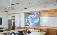 亮度高不拉窗帘 激光投影打造多媒体教室