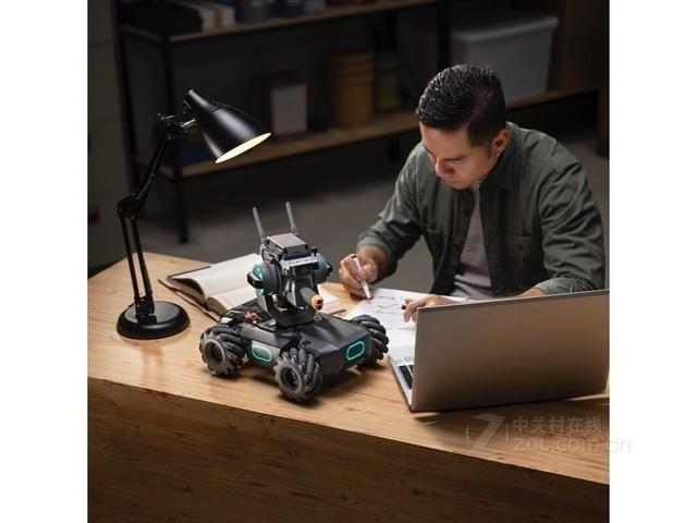 国外做彩票赚钱吗,大疆发布机甲大师机器人 动画正在成为现实