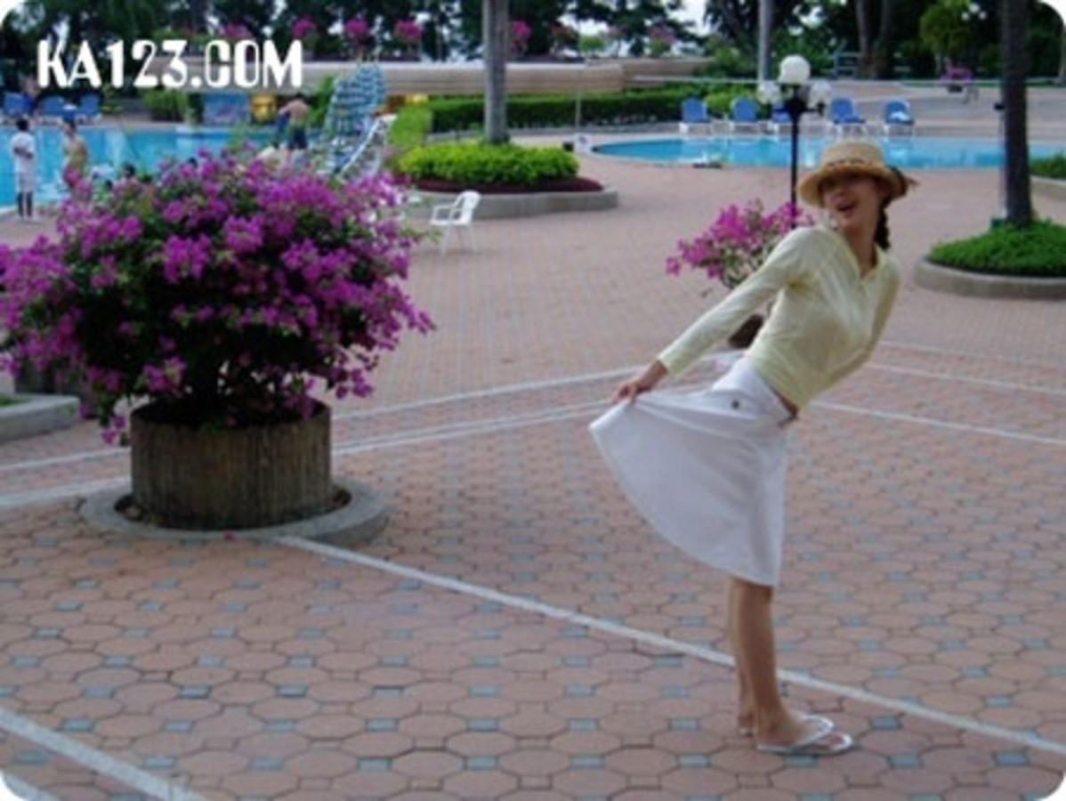 【手机图】低胸衣超短裙性感v手机的韩国清纯香港高清女星最新图片