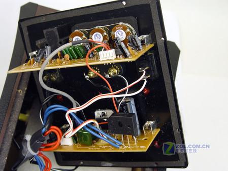 分频器和功放电路