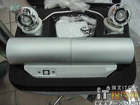 配给本本的低音炮 漫步者m3新装赠包
