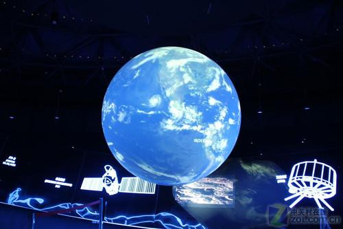 实现的仿真地球卫星云图-我做天气预报员 三菱世博馆一日游记图片