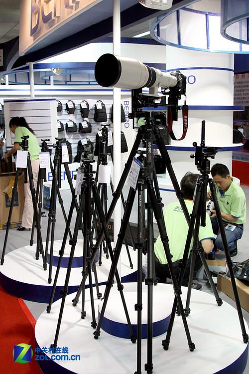 P&E 2010:百诺威武 平板型三脚架唱高调