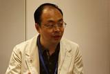 东芝电脑网络(上海)有限公司常务副总经理徐俊杰先生正在接受ZOL记者的采访。