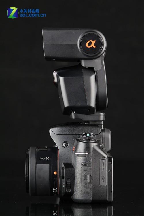 索尼/索尼A580配索尼HVL/F43AM闪光灯 侧面...