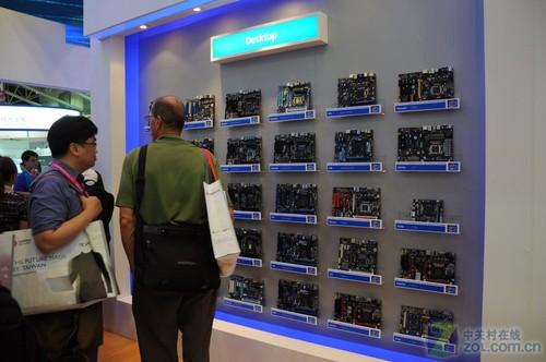 高清多图 Intel展区Z68芯片主板全曝光