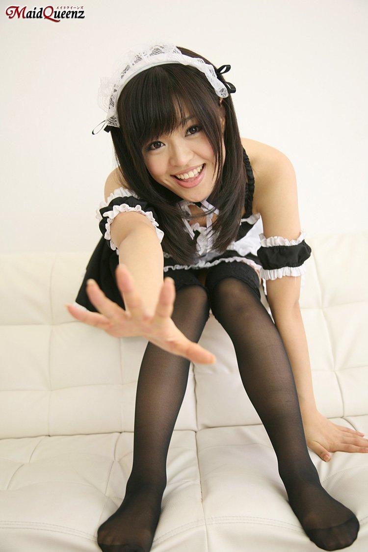 甜姐女仆人人爱 黑丝短裙如此诱人