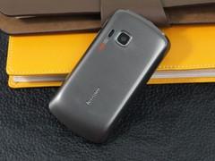 联想 乐Phone P70 黑色 背面图