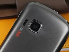 联想 乐Phone P70 黑色 摄像头