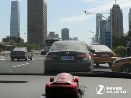 酷感流线跑车 征途ZT318GPS电子狗实测