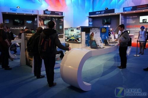 CeBIT 2012:Intel展台超极本百花齐放