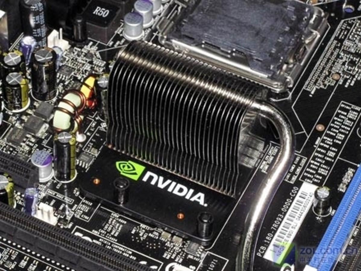 主板 映泰主板 映泰tforce680i sli deluxe  参考价: ¥3999 主芯片组