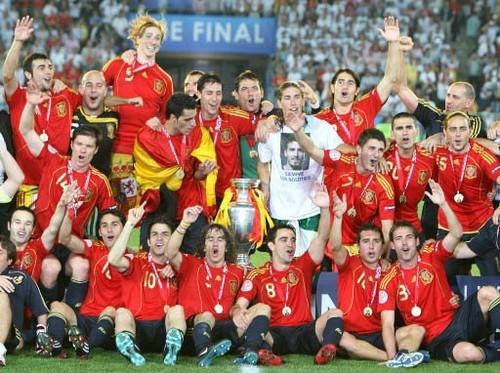 疯狂吧欧洲杯!Win7录播留住永恒的经典