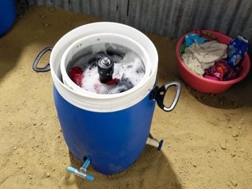 Giradora 全手动脚踏式洗衣桶 家电应用互联 中关村在线