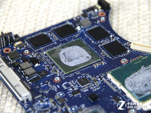 y410p拆机_联想(lenovo)Y410P-IFI笔记本电脑拆解图评测-ZOL中关村在线