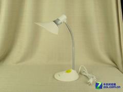 过半产品照明不护眼 12款台灯实战横评