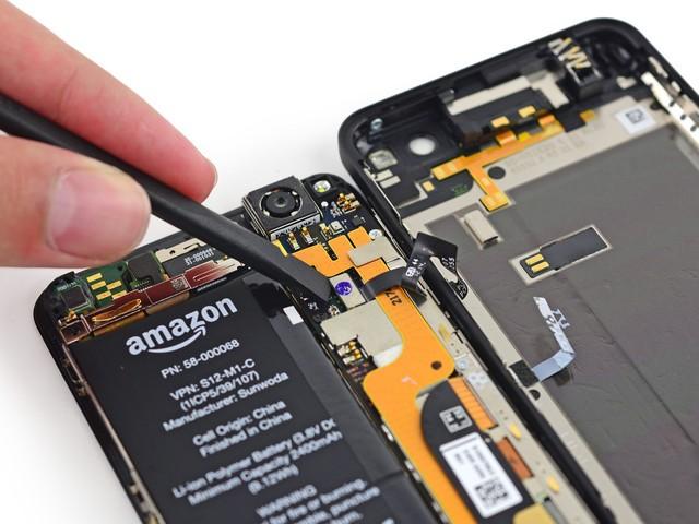 内部存在易碎贴,如果用户自行打开手机进行维修,可能据此失去保修