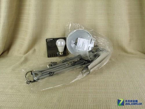 灵活实用设计 宜家特提亚LED台灯图赏