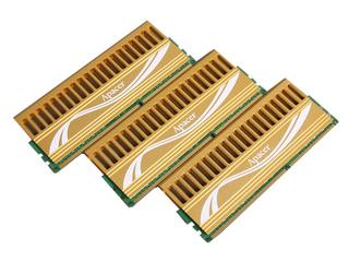 宇瞻6GB DDR3 2000(猎豹二代)