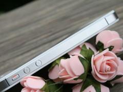 火热但稳定 白色苹果iPhone 4S值得入手