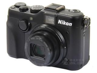 尼康P7100