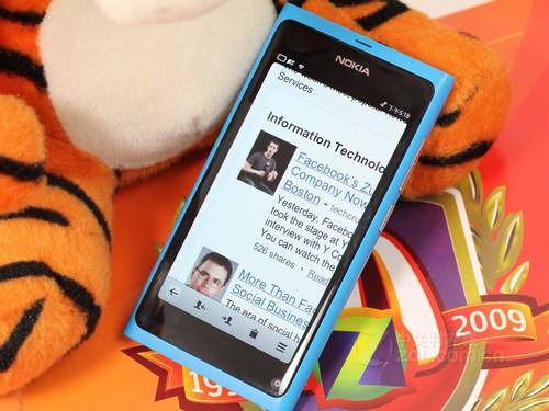 高配置MeeGo系统 诺基亚N9价格连降120元